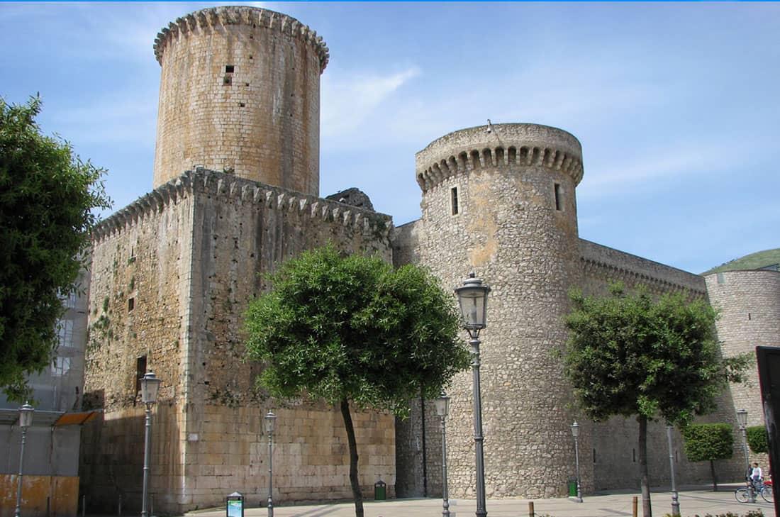 castillo3-min